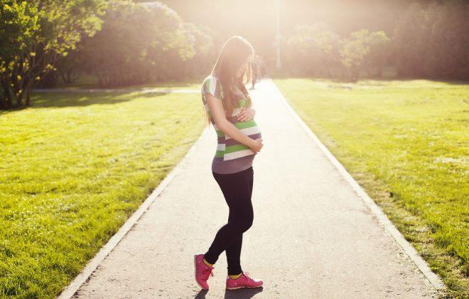 Spacery w ciąży jako trening dla ciężarnej